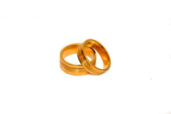 couple-rings-002.jpg