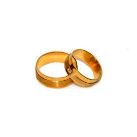 couple-rings-005.jpg