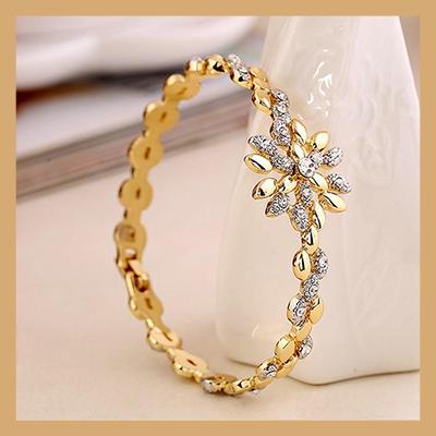 squarebanners - 400-Bracelets.jpg